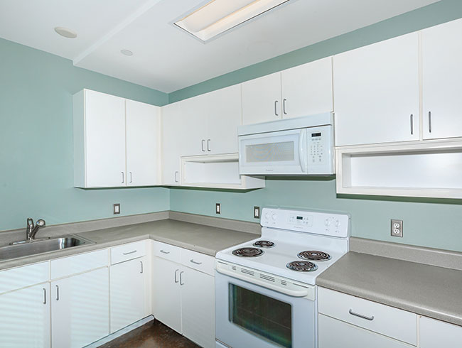 Kitchen at Listing #149062