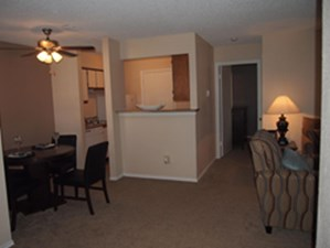 Dining/Kitchen at Listing #137298