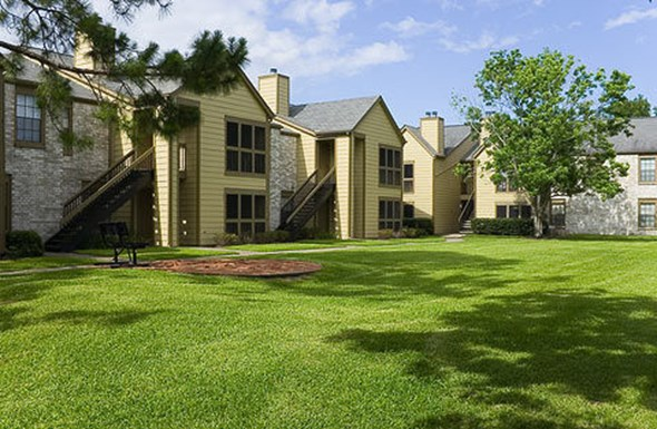 Huntcliff Apartments