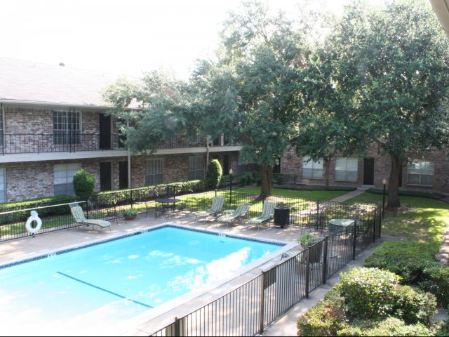 Pool at Listing #139657