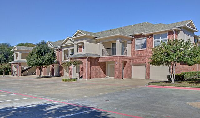 Exterior at Listing #138010
