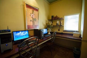 Business Center at Listing #137112