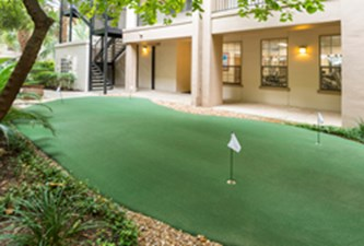 Putting Green at Listing #141360