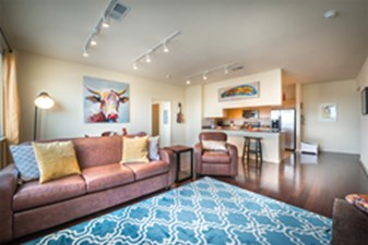 Living Area at Listing #144336