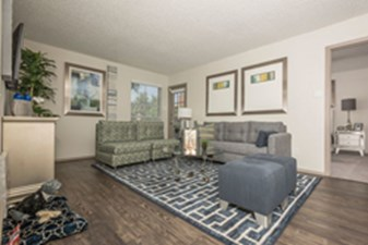 Living Room at Listing #136994