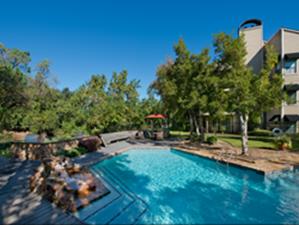 Pool at Listing #138922