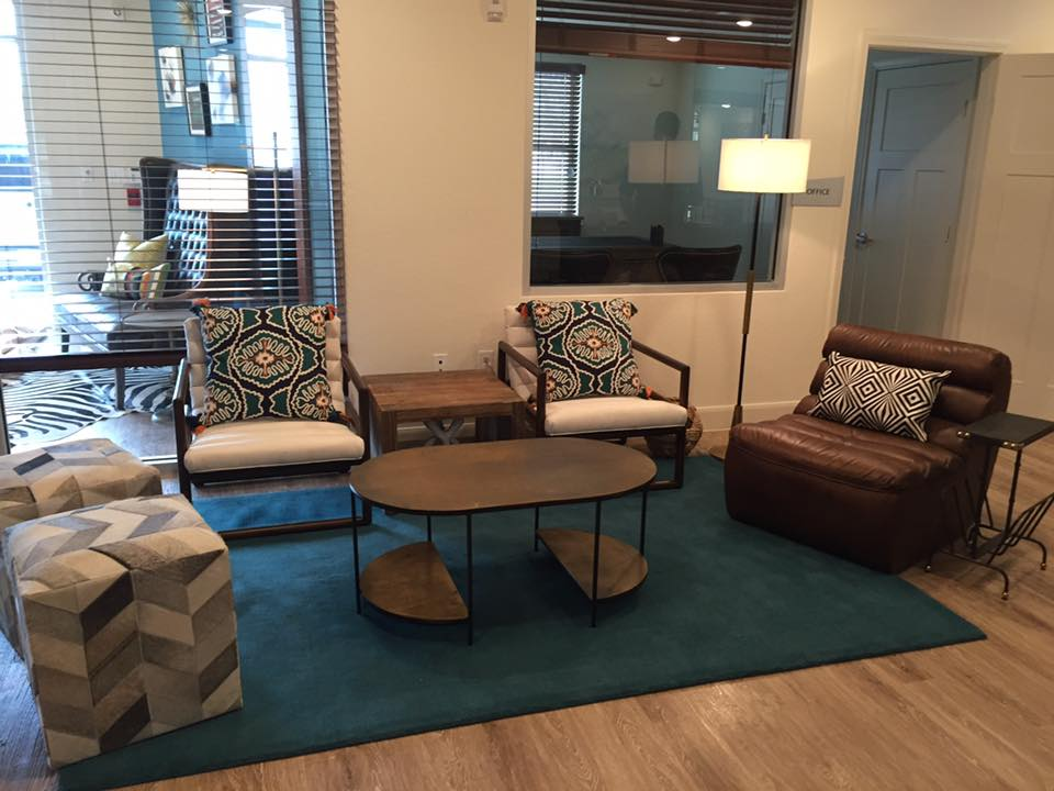 Lounge at Listing #276449