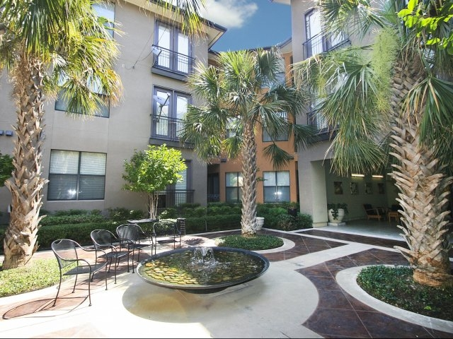 Exterior at Listing #144082