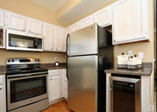 Kitchen at Listing #136170
