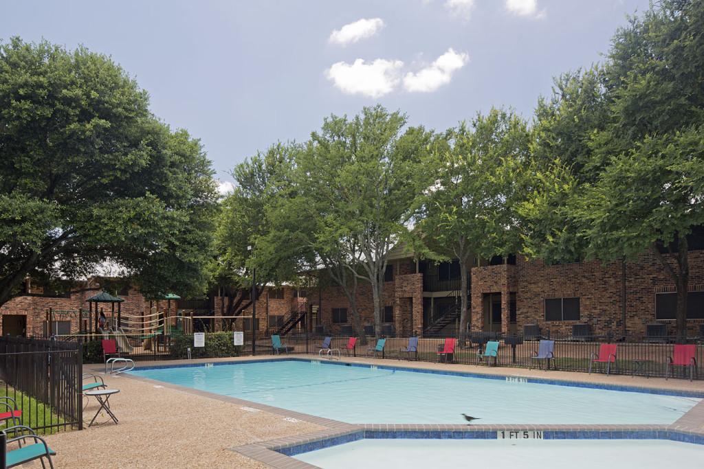 Pool at Listing #140505