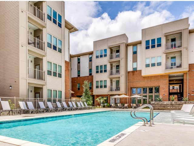 Sterlingshire Apartments Dallas, TX