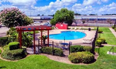 Pool at Listing #138294