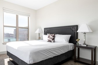 Bedroom at Listing #287553