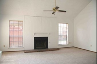 Living at Listing #138098