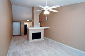 Living at Listing #140566