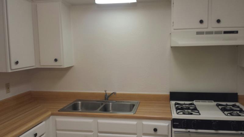 Kitchen at Listing #240519
