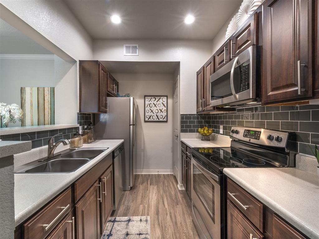 Kitchen at Listing #137838