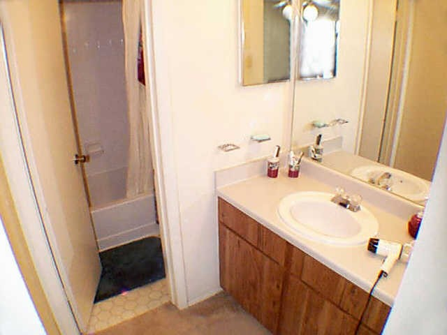 Bathroom at Listing #140264