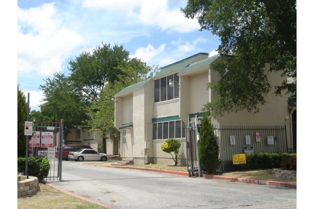 Little Brook ApartmentsGarlandTX