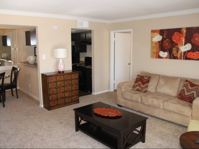 Living at Listing #139915