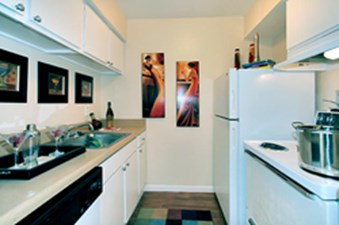 Kitchen at Listing #138285