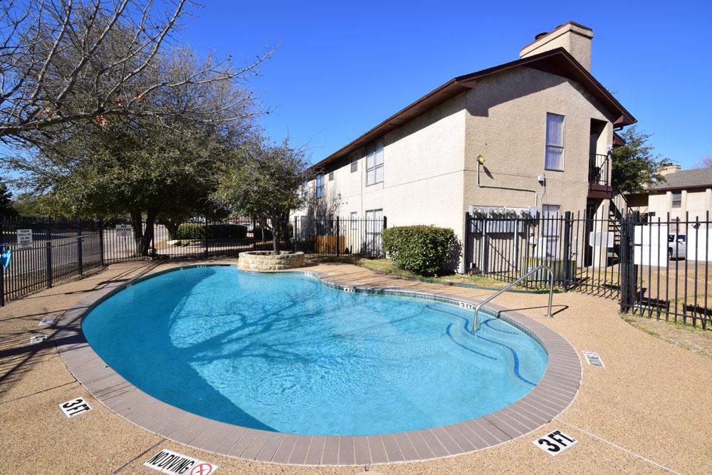 Pool at Listing #136668