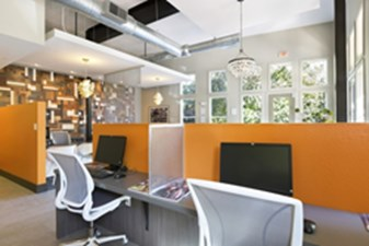 Business Center at Listing #140794