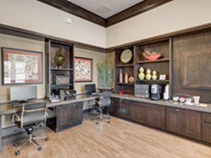 Business Center at Listing #144651