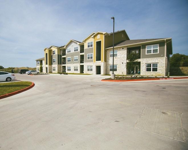 Sansom Ridge Apartments