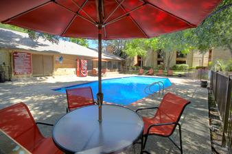 Pool at Listing #140897