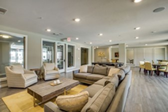 Lounge at Listing #281920