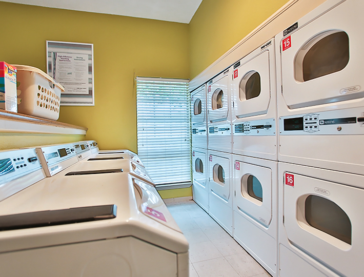 Laundry at Listing #140973