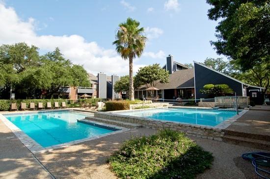 Pool at Listing #140272