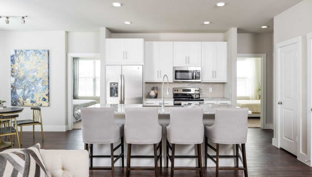 Dining/Kitchen at Listing #282414