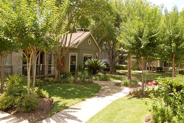 Exterior at Listing #138269