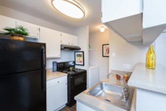 Kitchen at Listing #140217