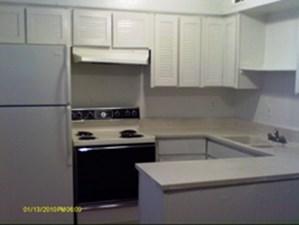 Kitchen at Listing #137291