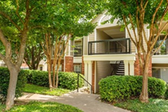 Exterior at Listing #137821
