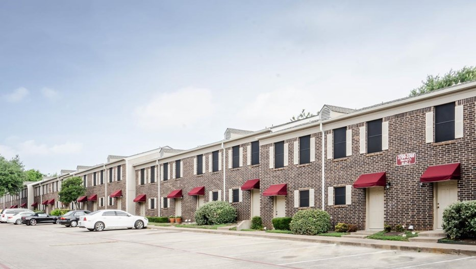 Hulen Park Place Apartments