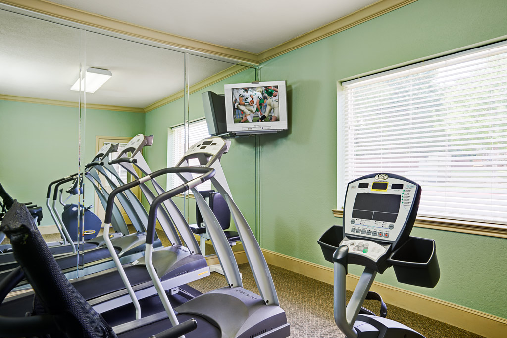 Fitness Center at Listing #144094