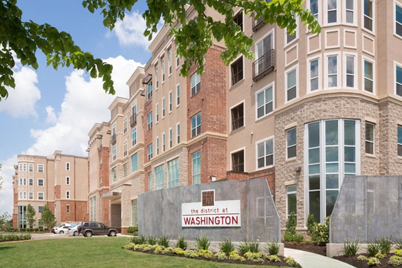 District at Washington Apartments