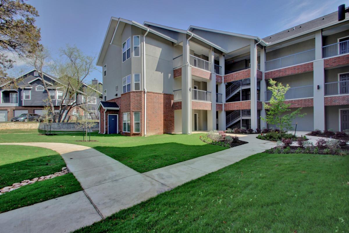 Regal Parc I & II Apartments Cedar Park TX