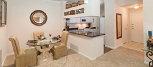 Dining at Listing #138046