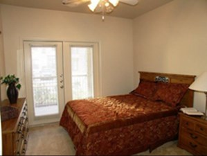 Bedroom at Listing #144632