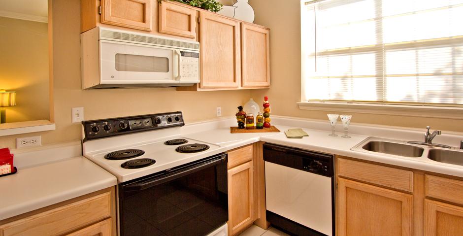 Kitchen at Listing #137603