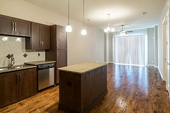 Dining/Kitchen at Listing #237788