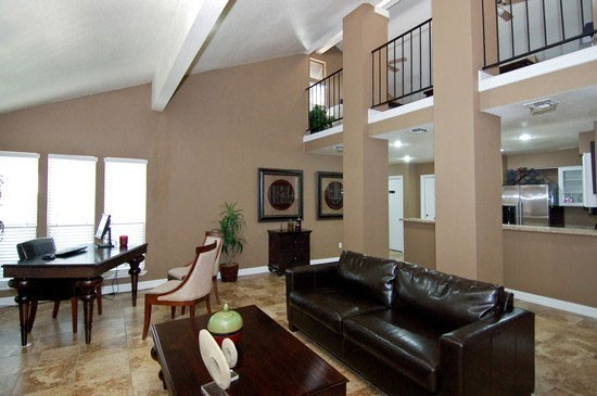 Clubhouse at Listing #140448