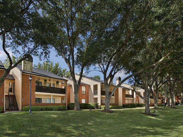 Foundations at Austin Colony Apartments Sugar Land TX
