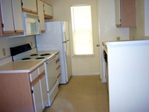 Kitchen at Listing #152887