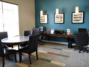 Business Center at Listing #144450